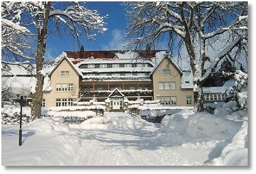 Urlaub Schwarzwald im Park Hotel Königsfeld Ferien Winterurlaub Wandern Wintersport Ski-Langlauf Reisen