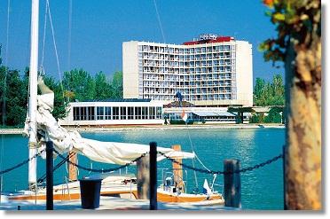 Hoteltipp für Urlaub Ungarn Plattensee Sport Wellness Danubius Hotel Helikon Keszthely Balaton Ungarn Reisen